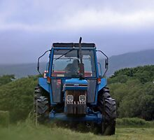Baling Down by fordlltwm