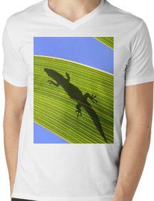 Silhouette Of A Phelsuma Day Gecko On A Palm Leaf. Mens V-Neck T-Shirt