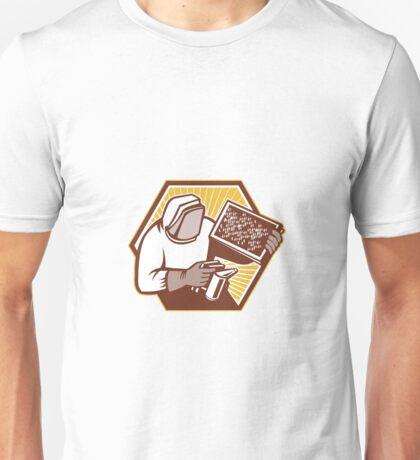 Beekeeper Apiarist Holding Bee Brood Retro Unisex T-Shirt