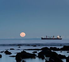 2013 Super Moon - Williamstown by Andrew Holford