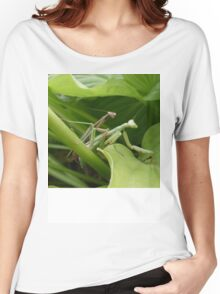 two praying mantis mating Women's Relaxed Fit T-Shirt