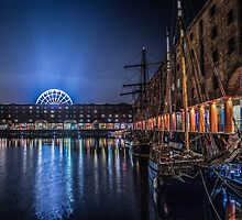 Liverpools Albert Dock at night by Paul Madden