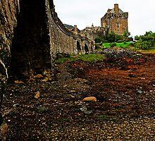 Eilean Donan Castle by Ian Jeffrey