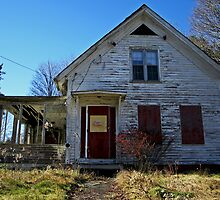Abandoned Foxboro House IV by Kerri  Crau
