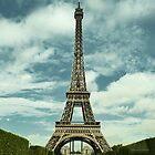 Eiffel Tower by daanielasm