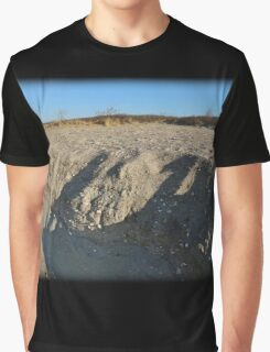 Layered Beach Graphic T-Shirt