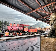 Eloy Alfaro y el tren. by alanbrito
