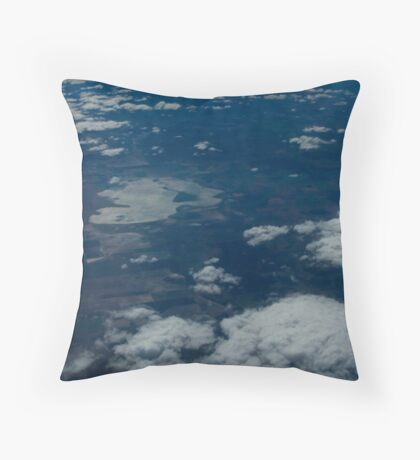 plaining (head in the clouds)  Throw Pillow