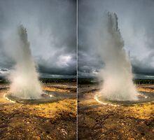 Erupting Geysir by Wei Hao Ho