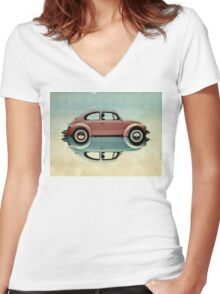 love bug Women's Fitted V-Neck T-Shirt
