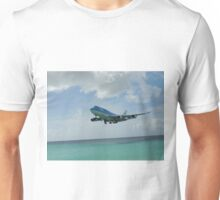 KLM 747 about to land at Maho Beach Saint Maarten Island Unisex T-Shirt