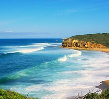 Catch a wave - Bells Beach by imaginethis