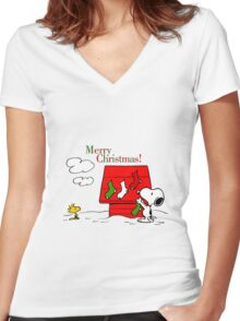 merry christmas snoopy Women's Fitted V-Neck T-Shirt