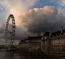 Sky Drama Around the London Eye by Georgia Mizuleva