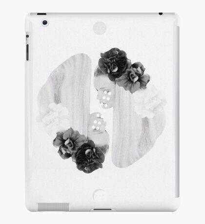 selene and eos iPad Case/Skin