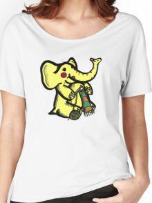Knitting Elephant Loves Yarn Women's Relaxed Fit T-Shirt