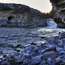 Elbow falls view by zumi