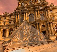 Musee du Louvre, Paris by John Velocci