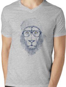 Cool lion Mens V-Neck T-Shirt