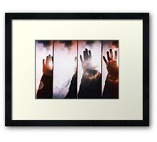Wave goodbye Framed Print