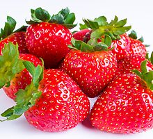 Strawberries by Photopa