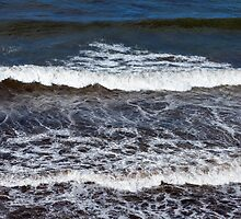 MORAY WAVES by JASPERIMAGE