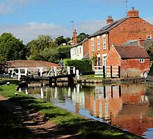 Braunston Lock No3 Northamptonshire by Avril Harris
