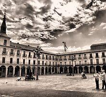 Leon's Plaza Mayor by vribeiro