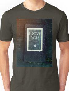 London ILY Sign Unisex T-Shirt