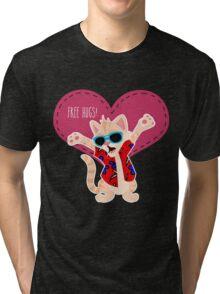 Freeee hugss! miauu Tri-blend T-Shirt