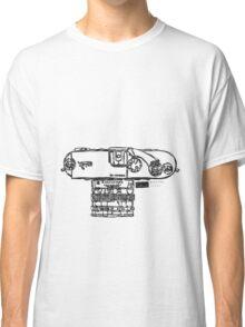 Trustable Friends : 01 Classic T-Shirt