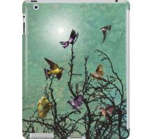 The Beautiful Birds  iPad Case/Skin