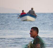 lazy sunday morning: fishing II - mañana del domingo flemático: pescando by Bernhard Matejka