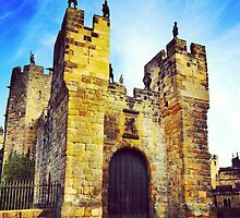 Alnwick Castle by Cat McKay