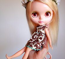 Hold Onto Your Blythe by duchesstara