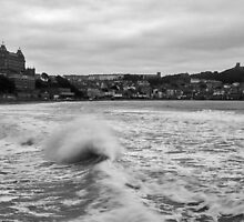 Scarborough Waves by Ian Middleton
