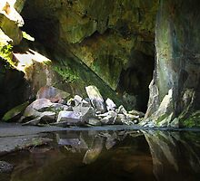 Cathedral Cavern Little Langdale  by rennaisance
