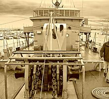 Foredeck Castlemaine by V1mage