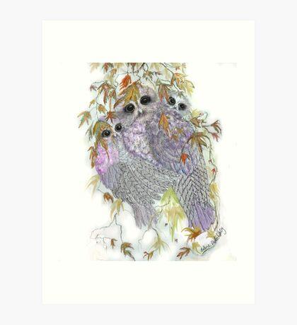 Owl Hugs Art Print