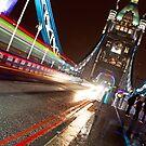 Tower Bridge by twinnieE
