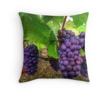 I Be Grape ~ Grapes ~ Throw Pillow