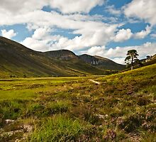 GLEN DERRY ON A HOT SUMMERS DAY by JASPERIMAGE