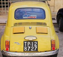 Classic Fiat 500 by Francis Drake