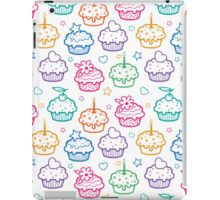 Colorful doodle cupcakes pattern iPad Case/Skin