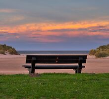 LOSSIEMOUTH - SUNDOWN SEAT by JASPERIMAGE