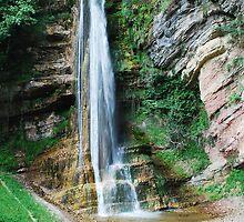 Salino Waterfall by jojobob