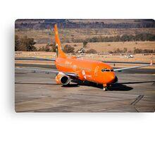 Flymango.com - Boeing 737-8BG Canvas Print