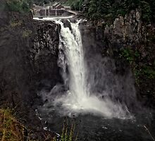 Snoqualmie Falls, Washington State, USA by Peter Kewley