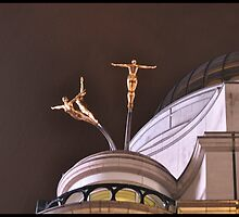 Gimnástas en el aire .......Londres. by cieloverde