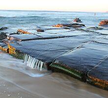 rock platform at Bar beach by Troy Simcoe